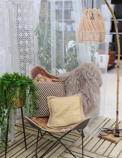 Silla de jardín con elementos decoración naturae garden gandia